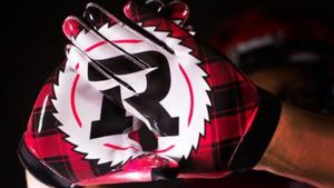 redblacks_gloves